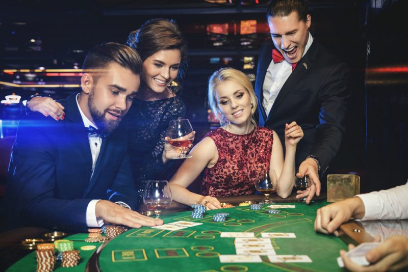 Online Casinos and Online Live Dealers – Match Made